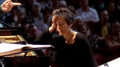 Pianist Maria João Pires panics as she realises the orchestra has started the wrong concerto… – Telegraph Blogs | OperaMania | Scoop.it