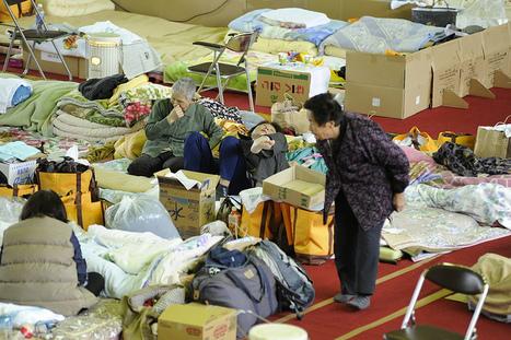 [Photo] Centre d'évacuation de la préfecture de Fukushima | Flickr - Photo Sharing! | Japon : séisme, tsunami & conséquences | Scoop.it