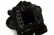This Raspberry Pi Camera Grip Turns Your DSLR Into a Smart Camera - PCWorld | Raspberry Pi | Scoop.it