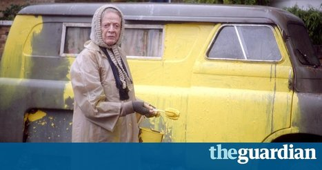 The Lady in the Van trailer: Maggie Smith plays the woman who lived in Alan Bennett's front yard - video | Proficiency English Links | Scoop.it