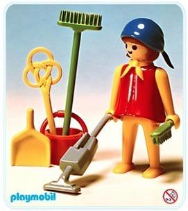 La madame Playmobil enceinte avec sa poussette et son balai | Genre, sexisme et stéréotypes | Scoop.it