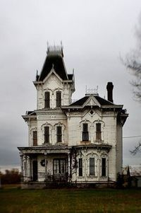 Abandoned Beauties | Abandoned Houses, Cemeteries, Wrecks and Ghost Towns | Scoop.it