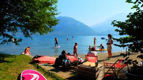 Chaleur et lac calme : des conditions parfaites pour le stand up paddle - | Annecy | Scoop.it
