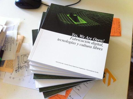 "Bájate nuestro libro ""YES, WE ARE OPEN!"" 