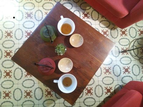 Siente, el lugar de los amantes del té | · · los bonvivant · · | Bares y restaurantes buenos bonitos y baratos en Barcelona - Los Bonvivant - www.losbonvivant.com | Scoop.it