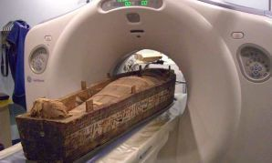 Tomb ray-der: Student uses Manchester Royal Infirmary scanner to uncover secrets of Egyptian mummies | Ancient Egypt | Scoop.it