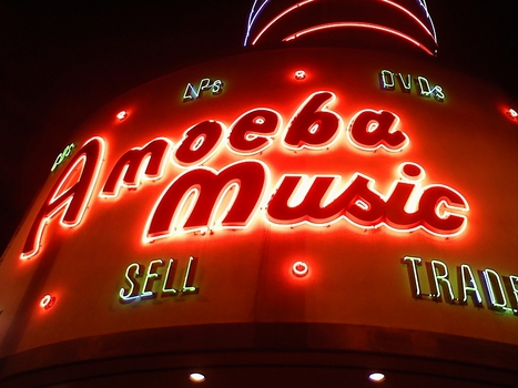The Big Gamble on 'Hybrid' Record Stores...   Music business   Scoop.it