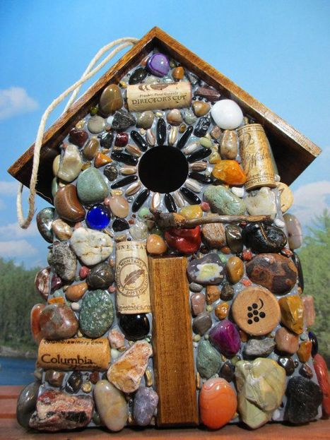 Mosaic birdhouse DIY | Gardening Life | Scoop.it