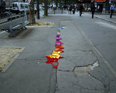 Artist Spins a Yarn With Parisian Street Art | Urban Gardens | Urban Gardens | Scoop.it