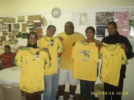 Bafana T-shirts handout   Gavin Varejes - sport and philanthropy   Scoop.it