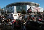 Falcons fans have their stadium say - Atlanta Journal Constitution | Millions of Dollar$ in sports facility management...Is it worth it? | Scoop.it