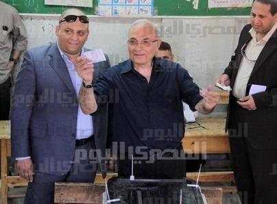 Shafiq considering running for president, again | Égypt-actus | Scoop.it