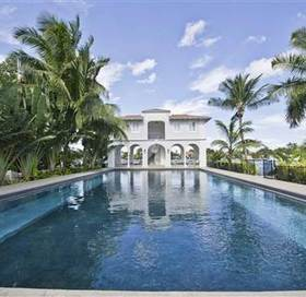 Gangster Al Capone's Miami Mansion For Sale; a Steal at $8.5M | Luxury Home Montreal | Scoop.it