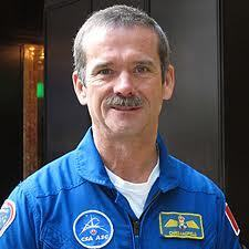 REMINDER: Chris Hadfield is Getting Ready to Take Command of the ISS | More Commercial Space News | Scoop.it
