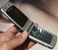 Des bactéries fécales sur nos téléphones portables | Mais n'importe quoi ! | Scoop.it