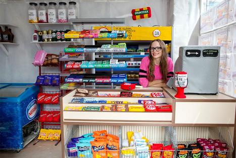 Une boutique éphémère avec des produits recréés en tissu - Tuxboard | Pop-up shop, concept-store, new forms of retail | Scoop.it