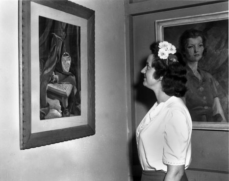 1945 photo of Art Exhibit at Public Library Oak Ridge Tennessee | Tennessee Libraries | Scoop.it