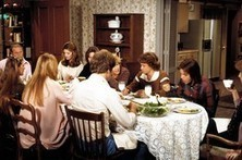 How Long Does It Take Your Family to Eat Dinner? Families Suggest Ways to Make It Last | It's Show Prep for Radio | Scoop.it
