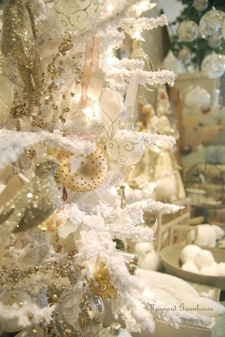 40 Beautiful Vintage Christmas Tree Ideas | Augusta Interiors - Global Inspirations | Scoop.it