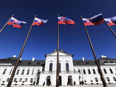 Greece living in Slovakia's pocket? - RT   Eurozone   Scoop.it