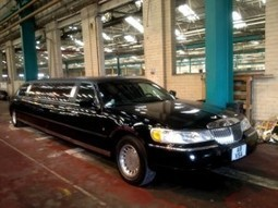 A limo of love… | Limo Hire Manchester | Limousine Hire | Limo and Wedding Hire | Scoop.it