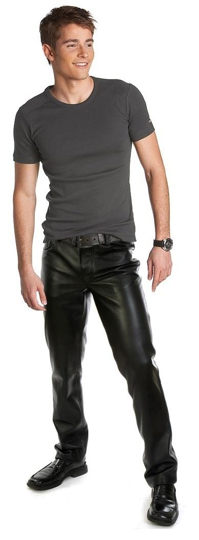 Stunning Looks Of Leather Pants – Leathernxg | LeatherNXG Online | Scoop.it