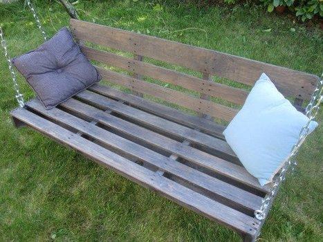 Une palette et un ancien portique deviennent une nouvelle balancelle de jardin | Best of coin des bricoleurs | Scoop.it