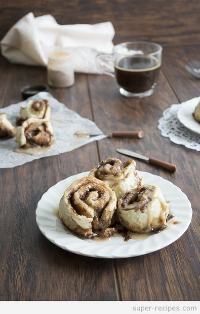 Small Batch Cinnamon Rolls with Espresso Glaze | Recipes | Scoop.it