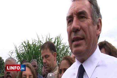 """Bayrou dénonce la """"catastrophe"""" de la dette   """"Les Centristes humanistes""""   Scoop.it"""