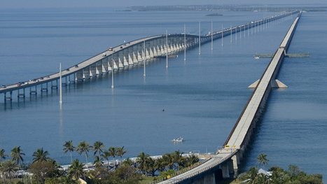 Man jumps off 7 Mile Bridge in Florida Keys after police chase | The Billy Pulpit | Scoop.it