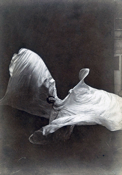 Dance pioneer Loie Fuller performed like liquid in motion | The Art of Dance | Scoop.it