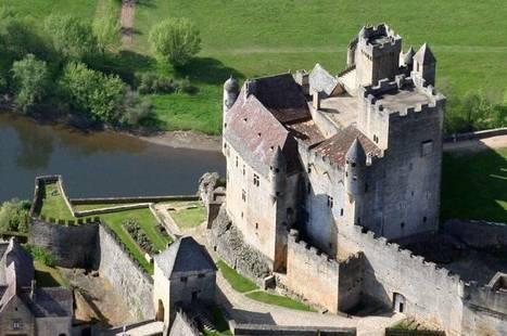 Beynac-et-Cazenac: Chateau de Beynac | Hotel in Dordogne Perigord | Scoop.it