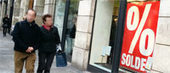 Soldes : les transactions en recul de 7 % le premier jour - FashionMag.com | Webloyalty | Scoop.it