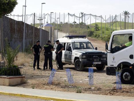 Un nuevo asalto en avalancha a la valla de Melilla acaba con cinco ... - El Mundo.es | Rivisa - cercados, verjas y puertas | Scoop.it