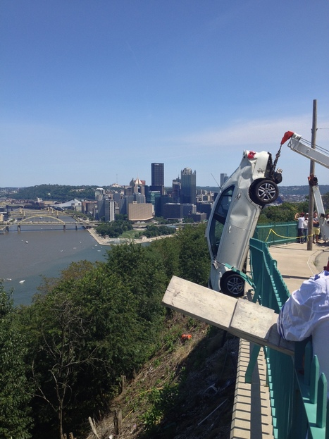 Man rescued after car ends up on Mount Washington hillside | Pittsburgh Pennsylvania | Scoop.it