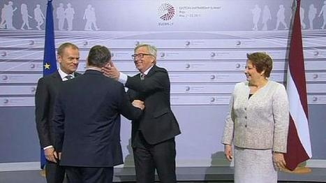 'The dictator is coming' – Juncker's cheeky welcome for Hungarian PM   Evropská unie pozitivně   Scoop.it