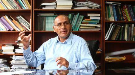 Waldo Mendoza es nombrado miembro del directorio del BCR | Economía y Ciencias Sociales | Scoop.it