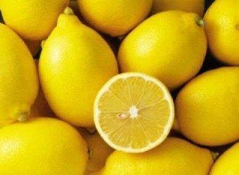 ΜΗΝ ΤΟ ΠΡΟΣΠΕΡΑΣΕΙΣ: Δείτε τι μπορεί να κάνει ο χυμός λεμονιού ενάντια στον καρκίνο!   Natural issues   Scoop.it