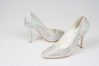 Designer Luxury Swarovski Crystal Shoes with up to 30% off | CLOVER ENTERPRISES ''THE ENTERTAINMENT OF CHOICE'' | Scoop.it