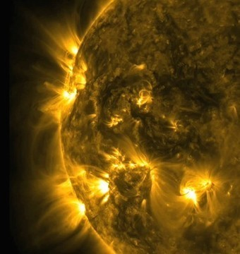 Sun's Magnetic Field to Reverse: What It Means | Earth Changes | Scoop.it