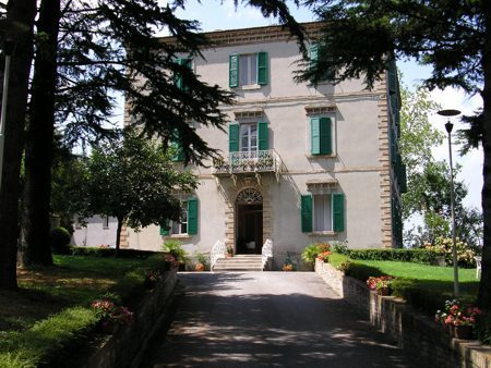 Live the history in Le Marche: Hotel La Villa Sarnano | Le Marche Properties and Accommodation | Scoop.it