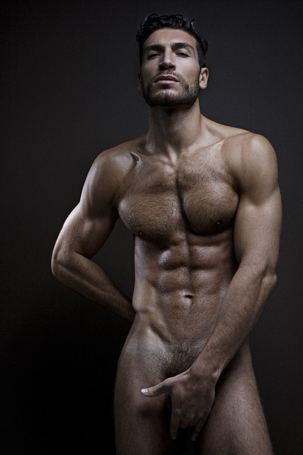 L'erezione di Valerio Pino - Le foto! - JHP by Jimi Paradise™ | QUEERWORLD! | Scoop.it