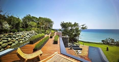Nature Meets Tradition in This Seaside Taiwanese Home | studioaflo | Scoop.it