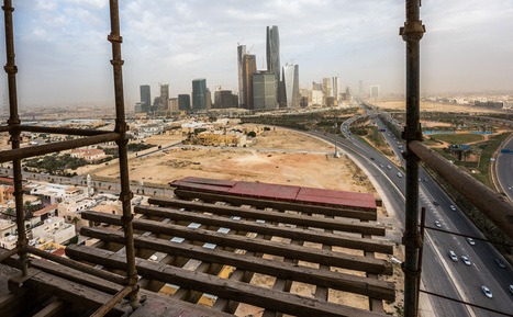 Saudi Arabia Considers Paying Contractors With IOUs | EconMatters | Scoop.it