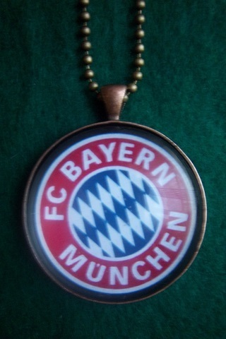 Fantasy Jewelry - FC BAYERN MUNCHEN Soccer team pendant   Nansy Cool Jewelry   Scoop.it