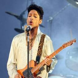 Prince sues Facebook fans who shared links to live performances for copyright ... - Belfast Telegraph | Live Music Performances | Scoop.it