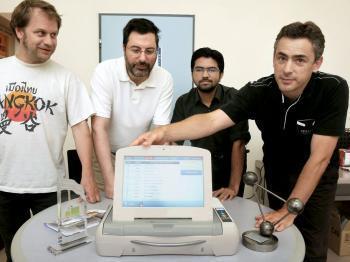 Ils créent le boîtier  de santé électronique   ehealth   Scoop.it