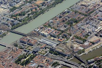 Vers de nouveaux horizons - Lyon Confluence | L'UCLy dans la presse | Scoop.it