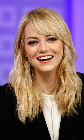 Exclusive: Emma Stone Explains Why Her Face Smells Like Focaccia | moda | Scoop.it