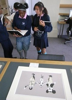 Teachers' resource: Exploring Image & Identity through posters and photographs - Victoria and Albert Museum   Art and Photography   Scoop.it